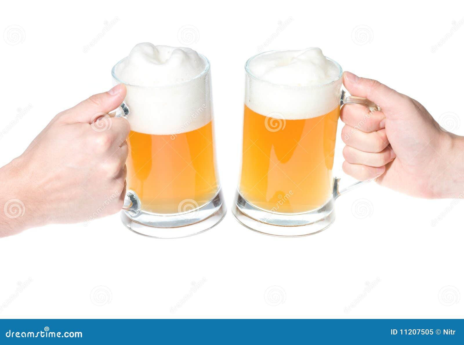 elogios com cervejas imagem de stock imagem de branco 12516273