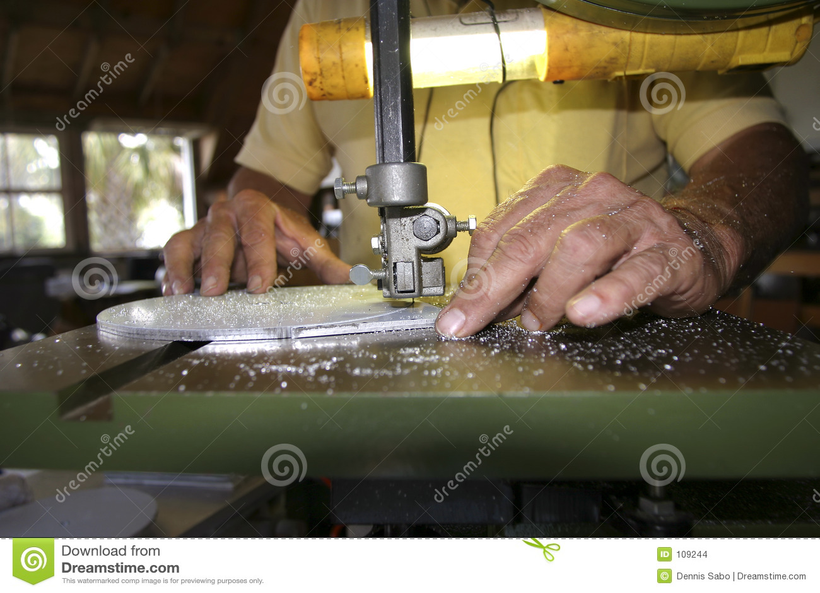 Mãos do artesão