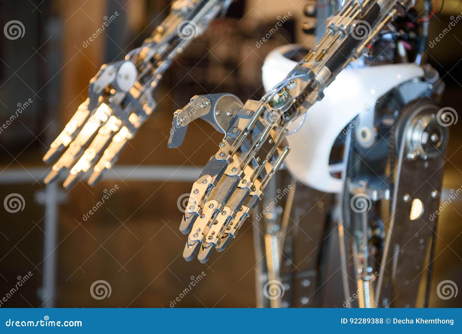 Mãos do robô