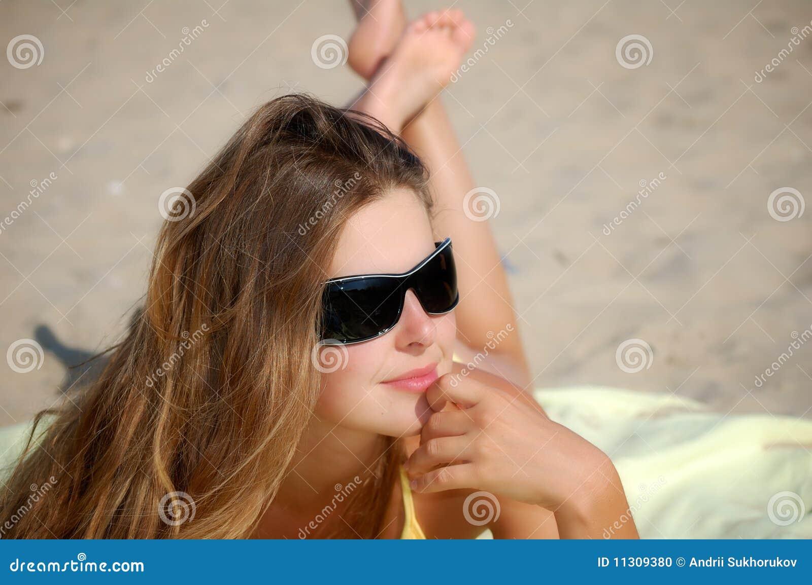 Mädchen an einem freien Sommertag