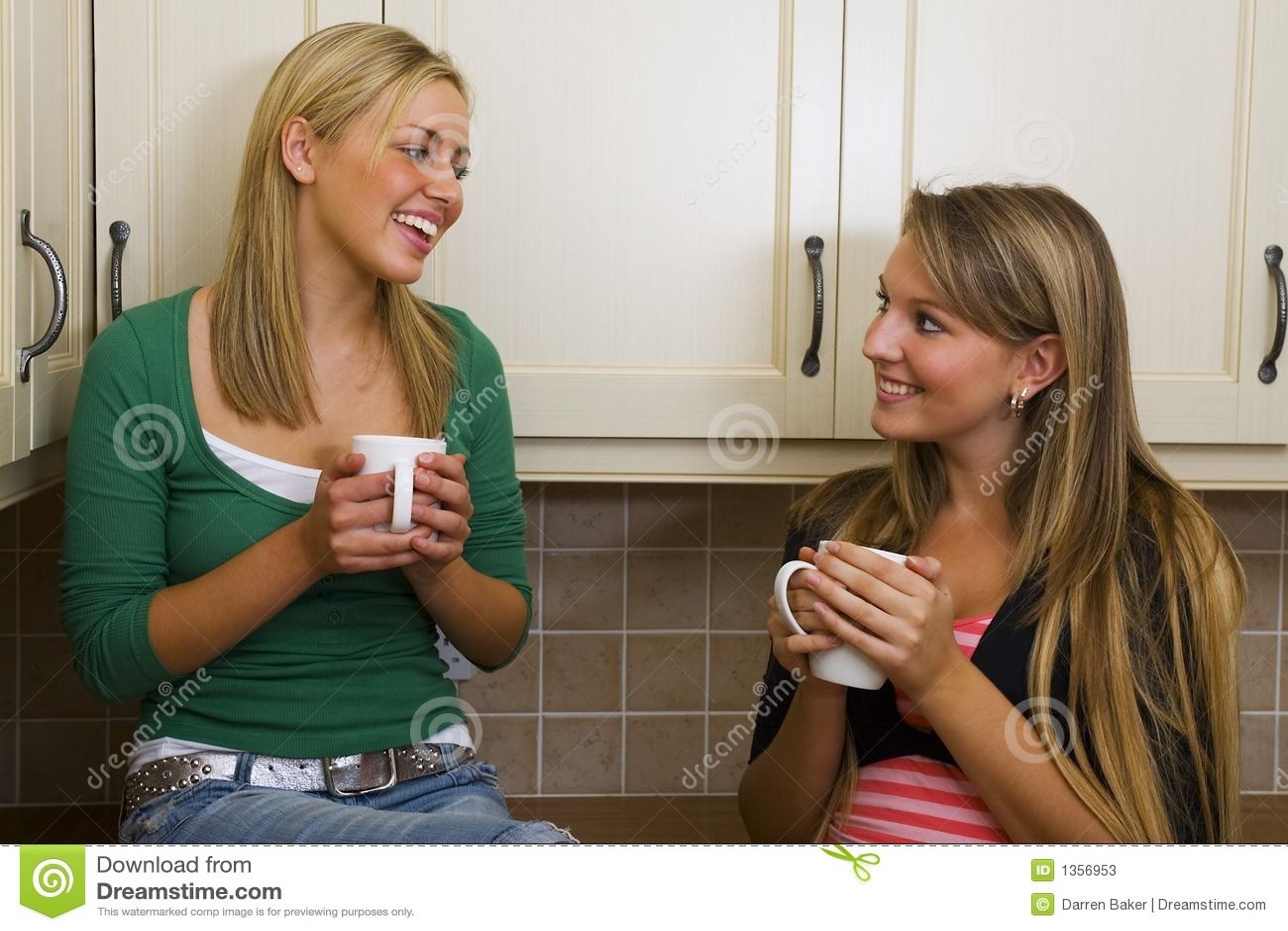 Mädchen-Gespräch