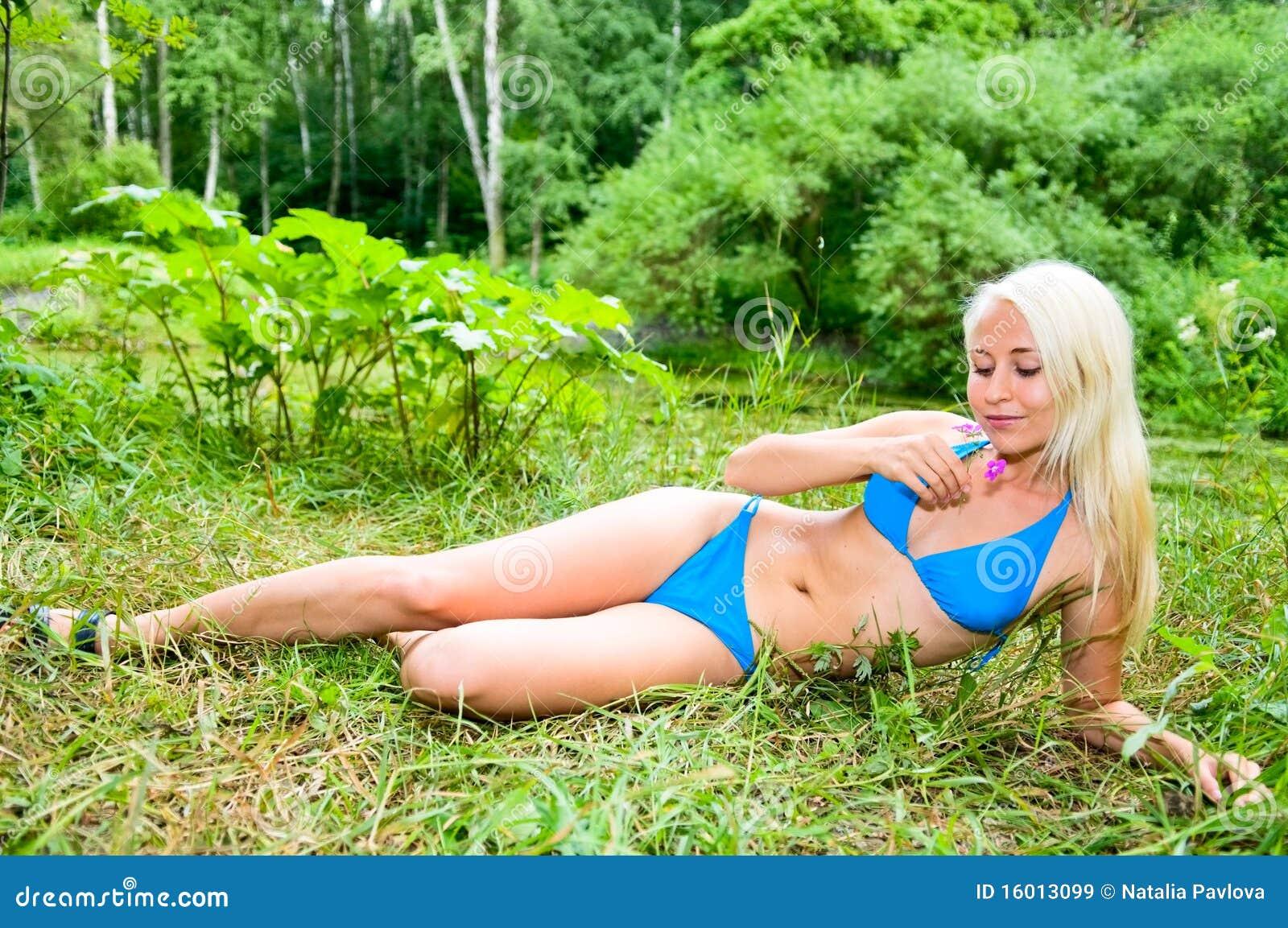 young woman photo nakt bild