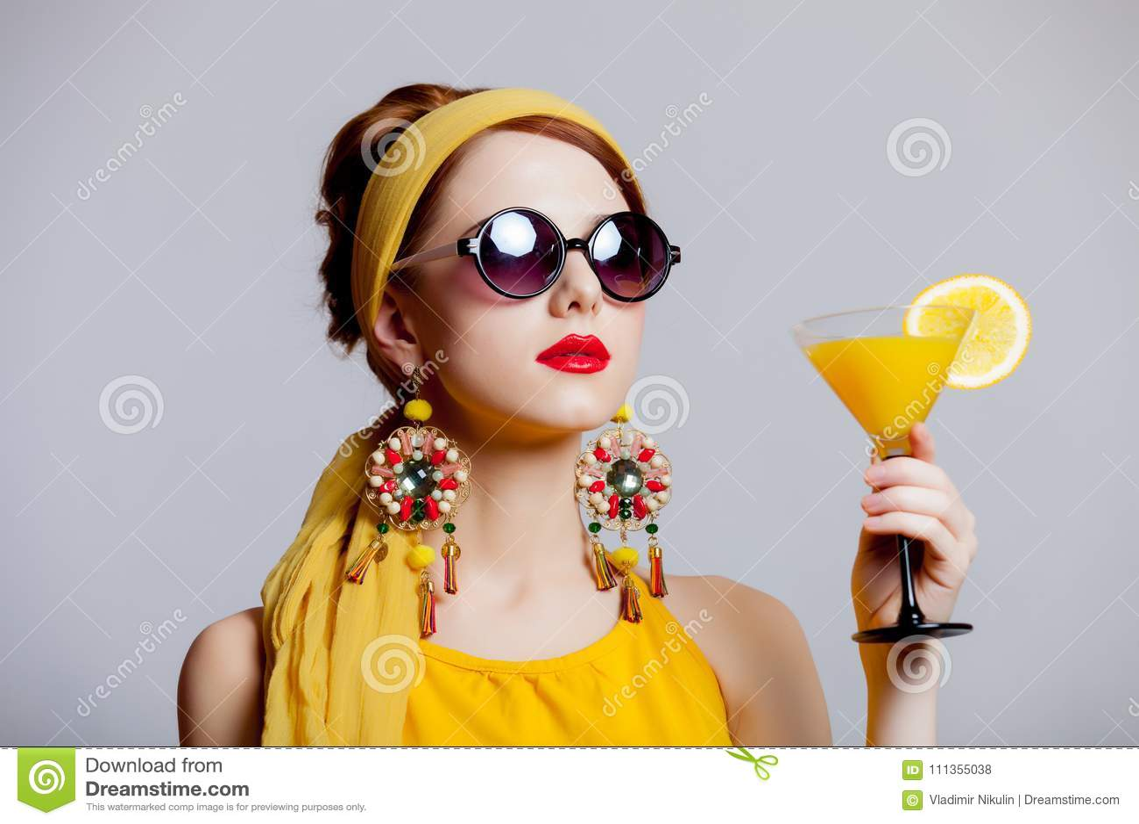 Charmant Wie Für Einen Cocktail Zu Kleiden Bilder - Brautkleider ...