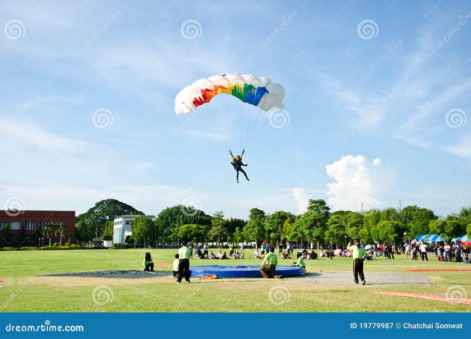 Mästerskapkonkurrens som skydiving