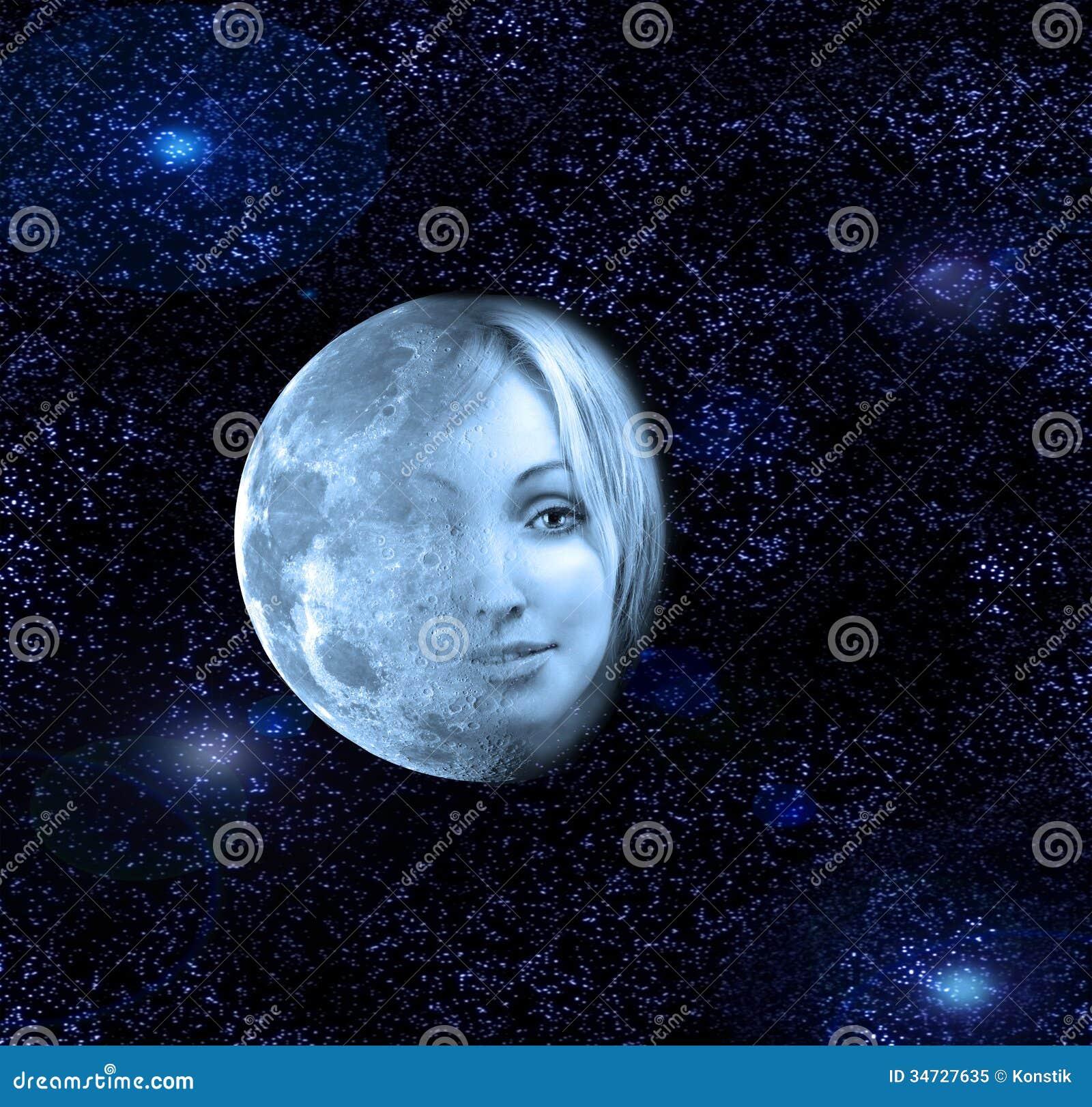 Måneöverföringarna i en framsida av den härliga kvinnan i natthimlen