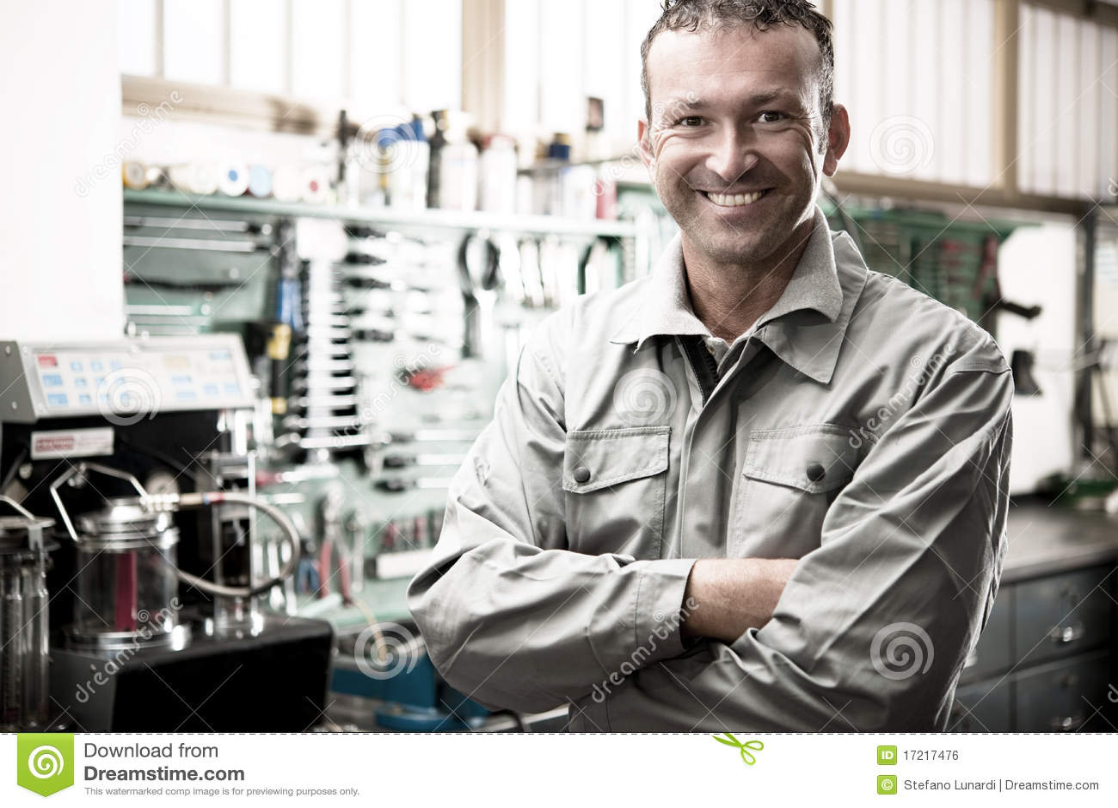 Mécanicien de sourire