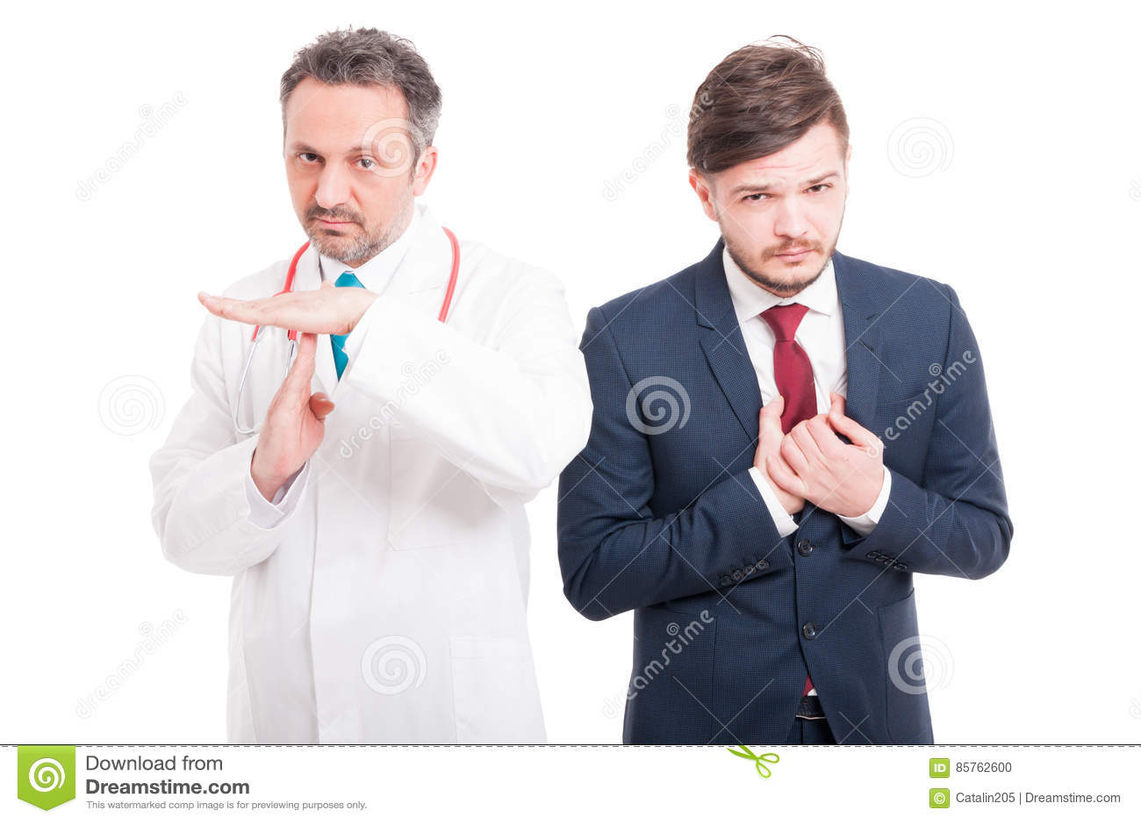 Médecin ou docteur faisant le geste de pause