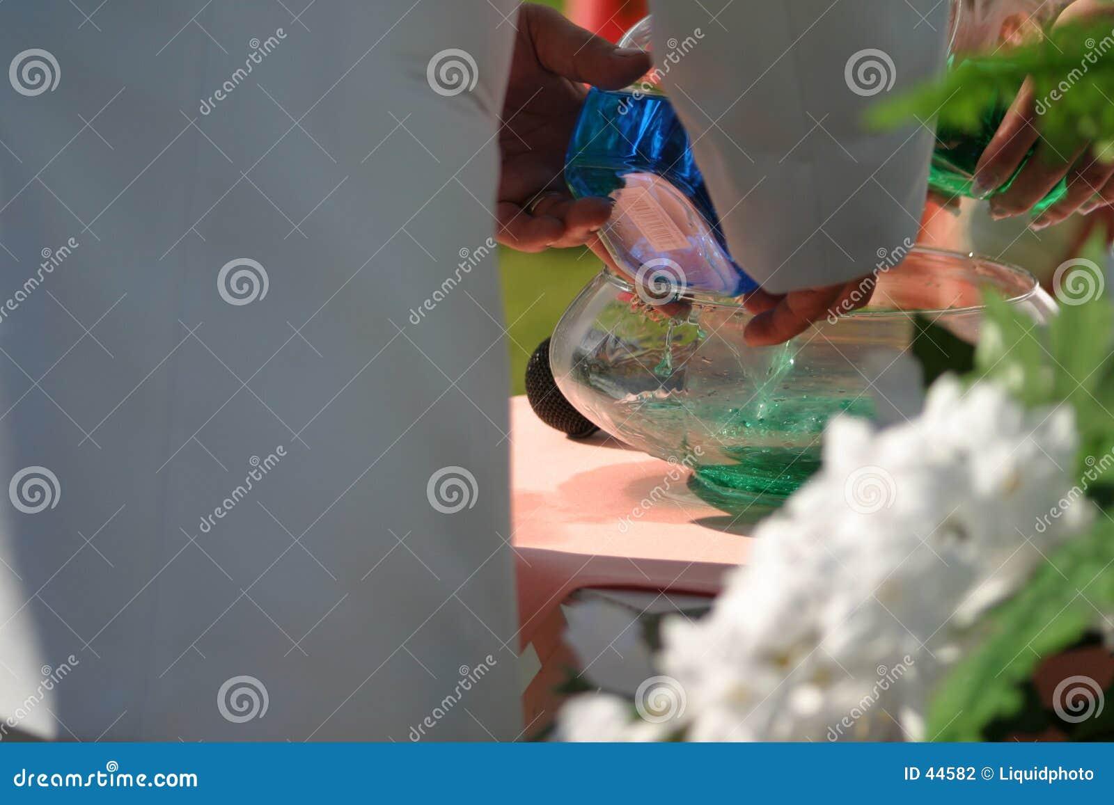 Mélange de l eau de mariage