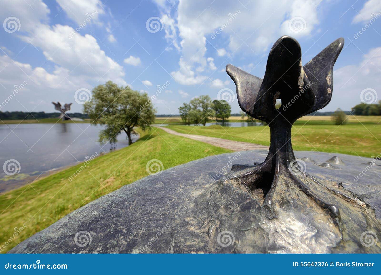 Mémorial de Jasenovac WWII, Croatie