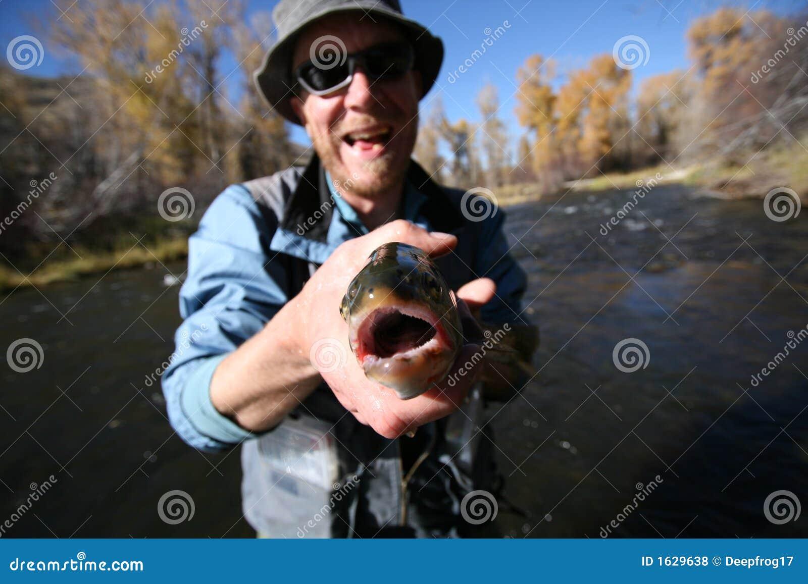 Mówi rybak ryb uśmiech
