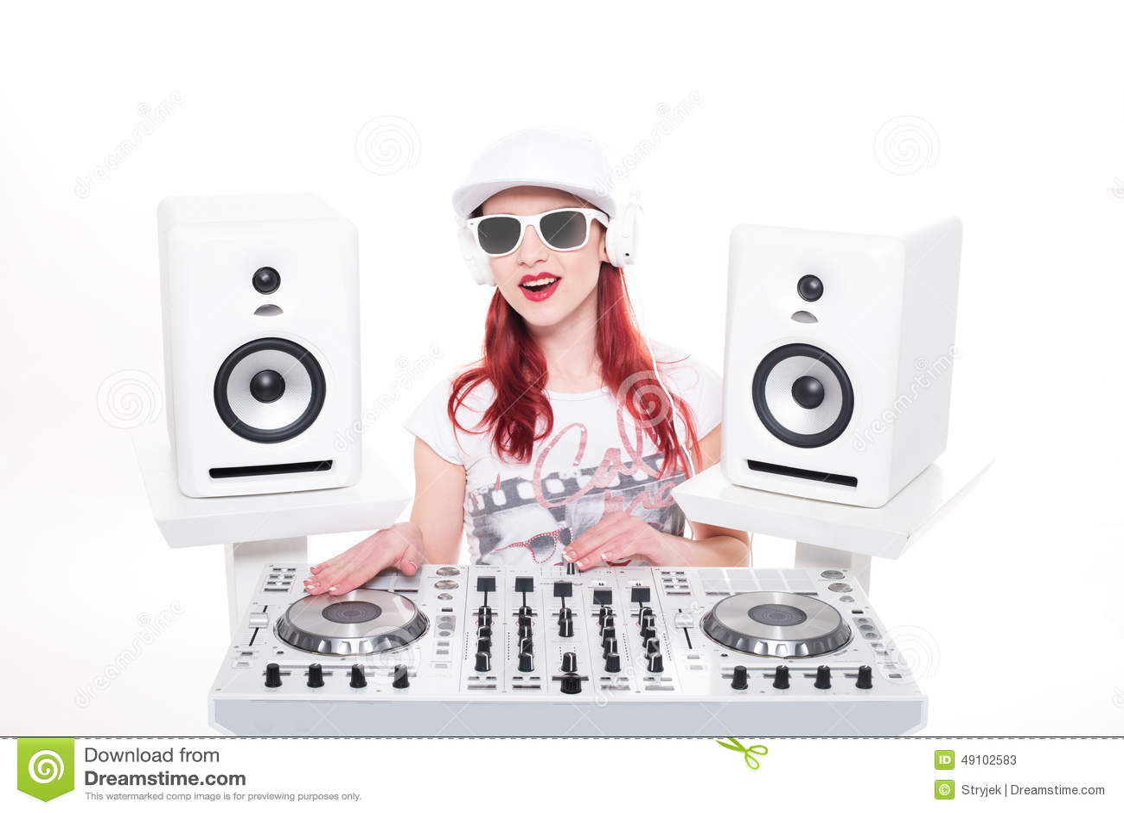 Música de mistura do DJ da fêmea na moda