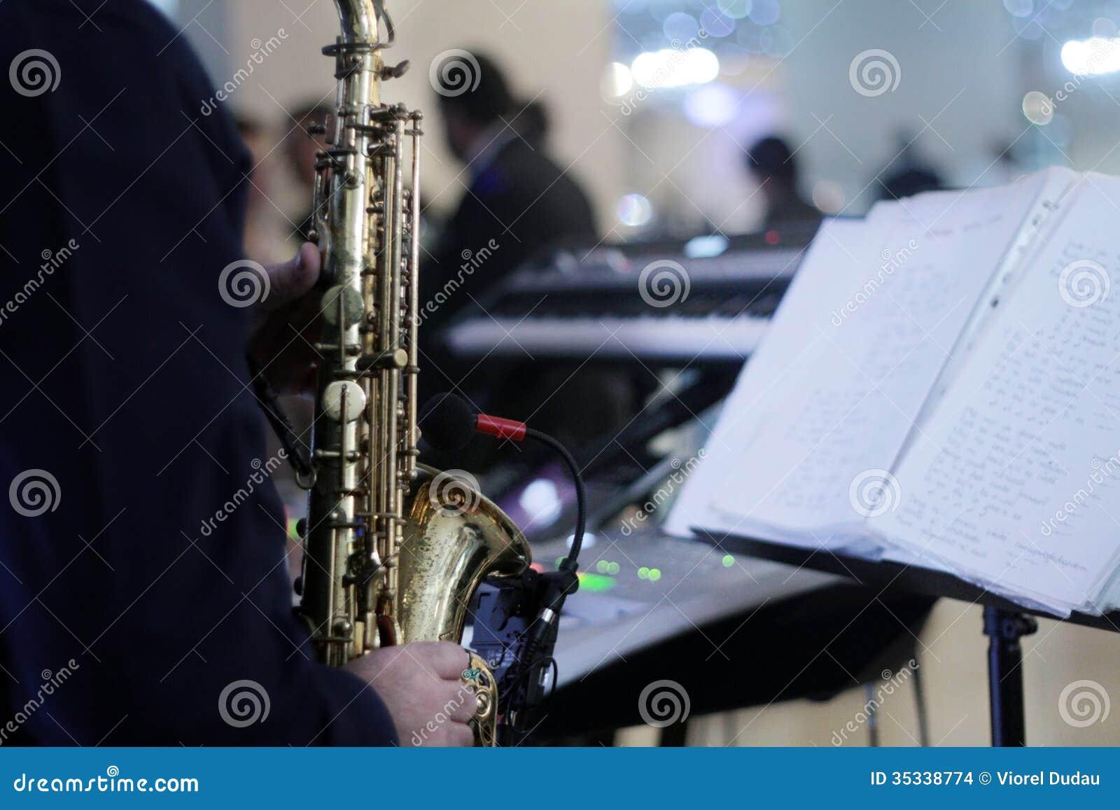 Músico que joga no partido