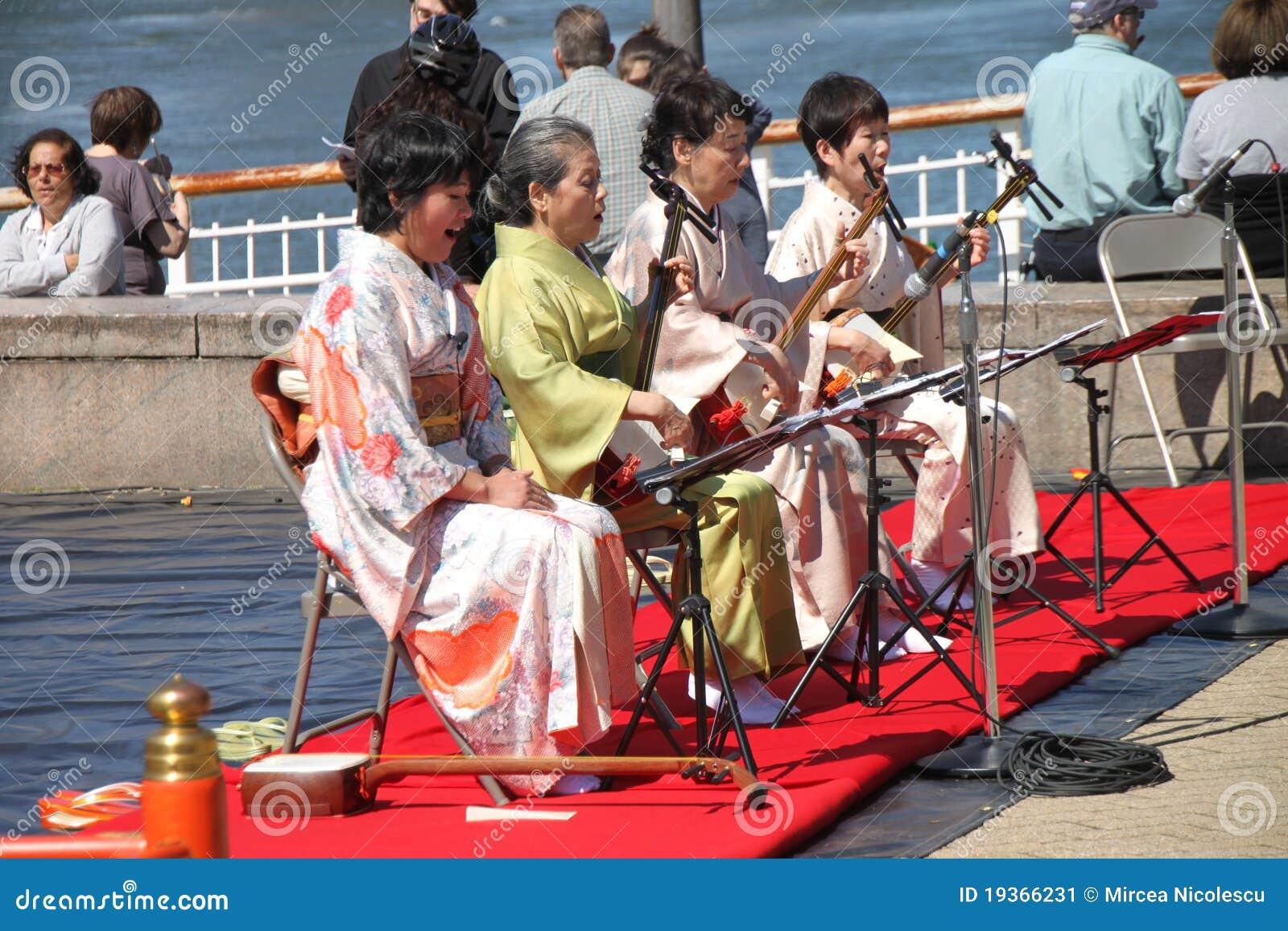 Músicos japoneses