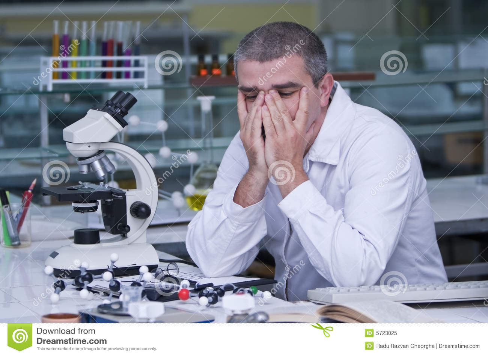 Müder Forscher