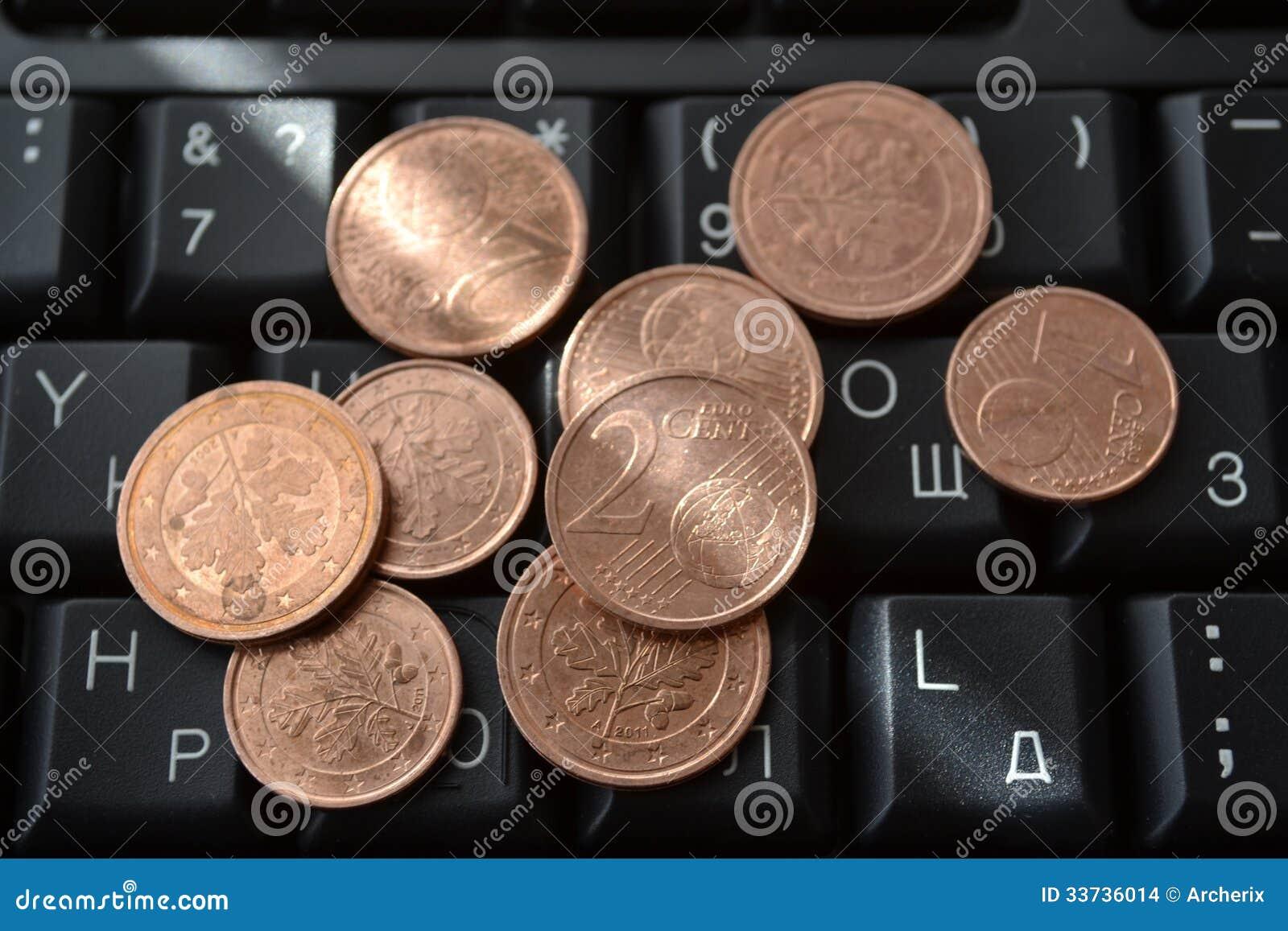 Münzen auf der Tastatur