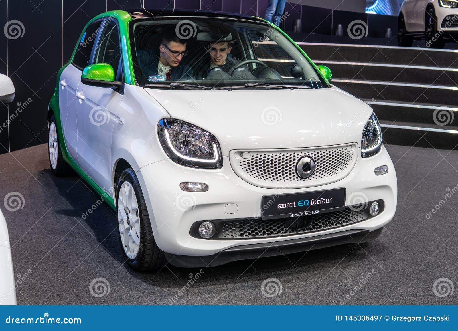 Mądrze EQ forfour, elektryczny pojazd EV produkujący Mercedes-Benz