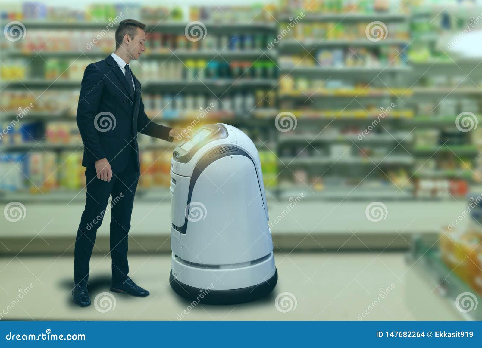 Mądrze mechaniczny technologii pojęcie customerr podąża usługowego robot mądrze handel detaliczny w domu towarowym, sklep robot p