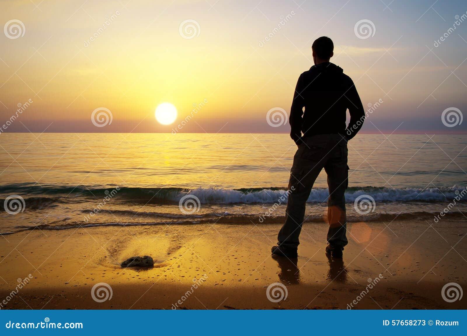 Mężczyzna na brzeg