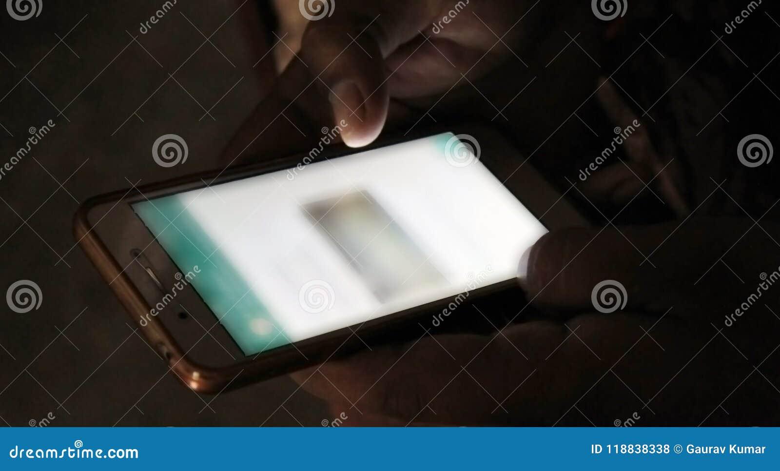 Mężczyzna Używa Whatsapp