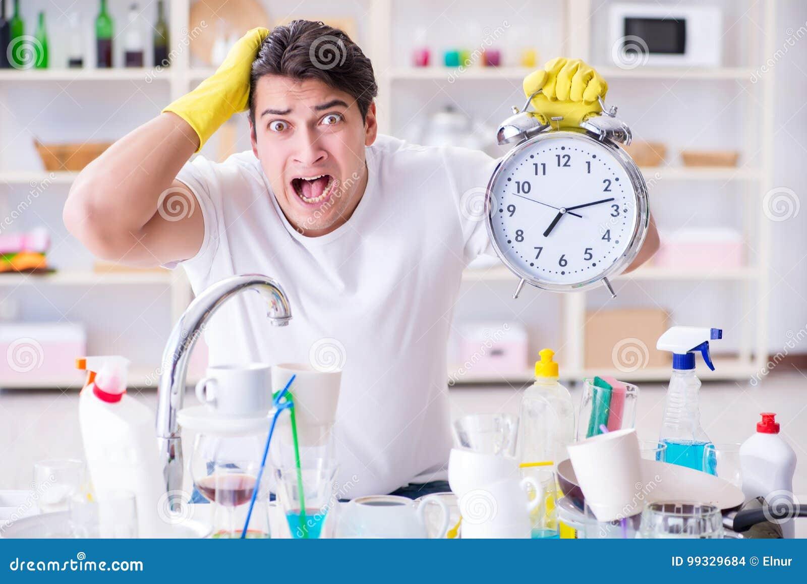 Mężczyzna wada spotykać ostatecznych terminy housekeeping praca