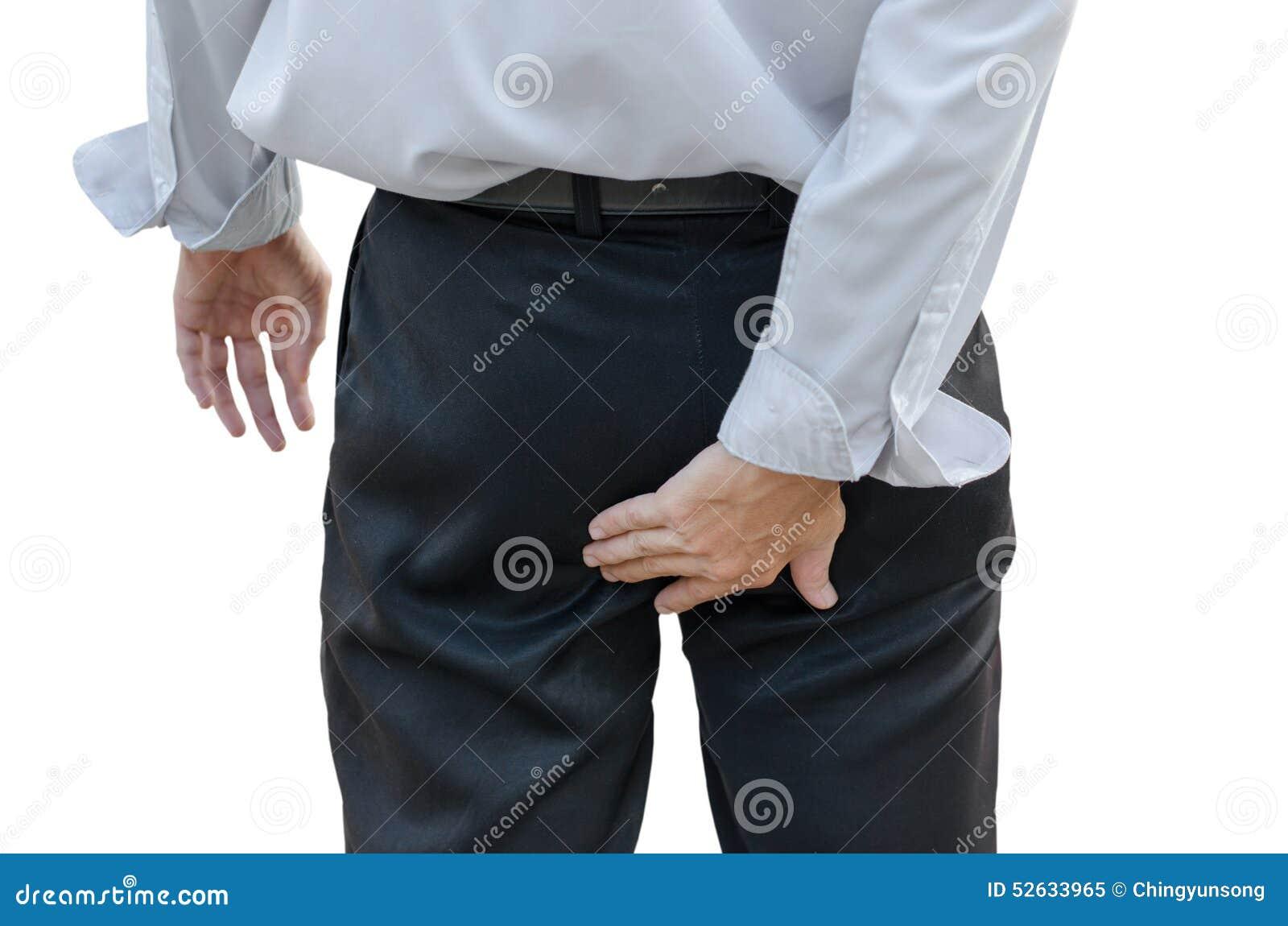 Mężczyzna z hemoroidami