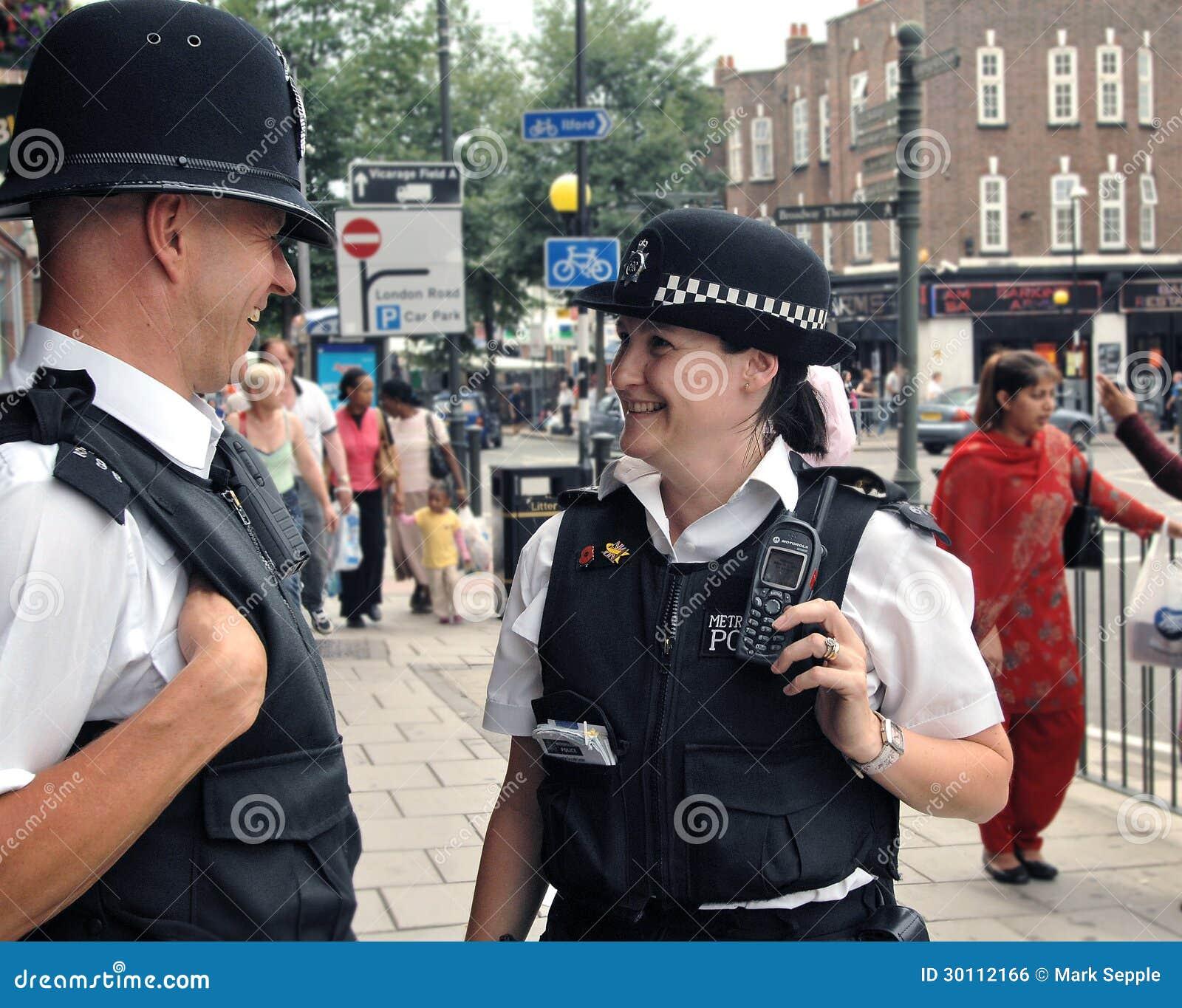Londyńscy funkcjonariuszi policji na rytmu