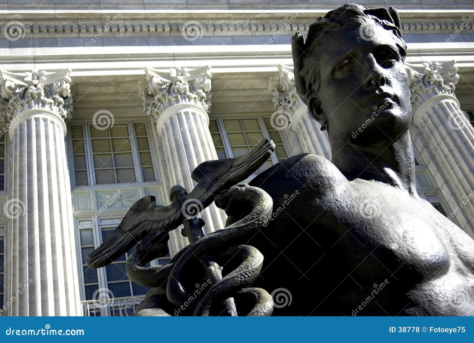 Męska posąg