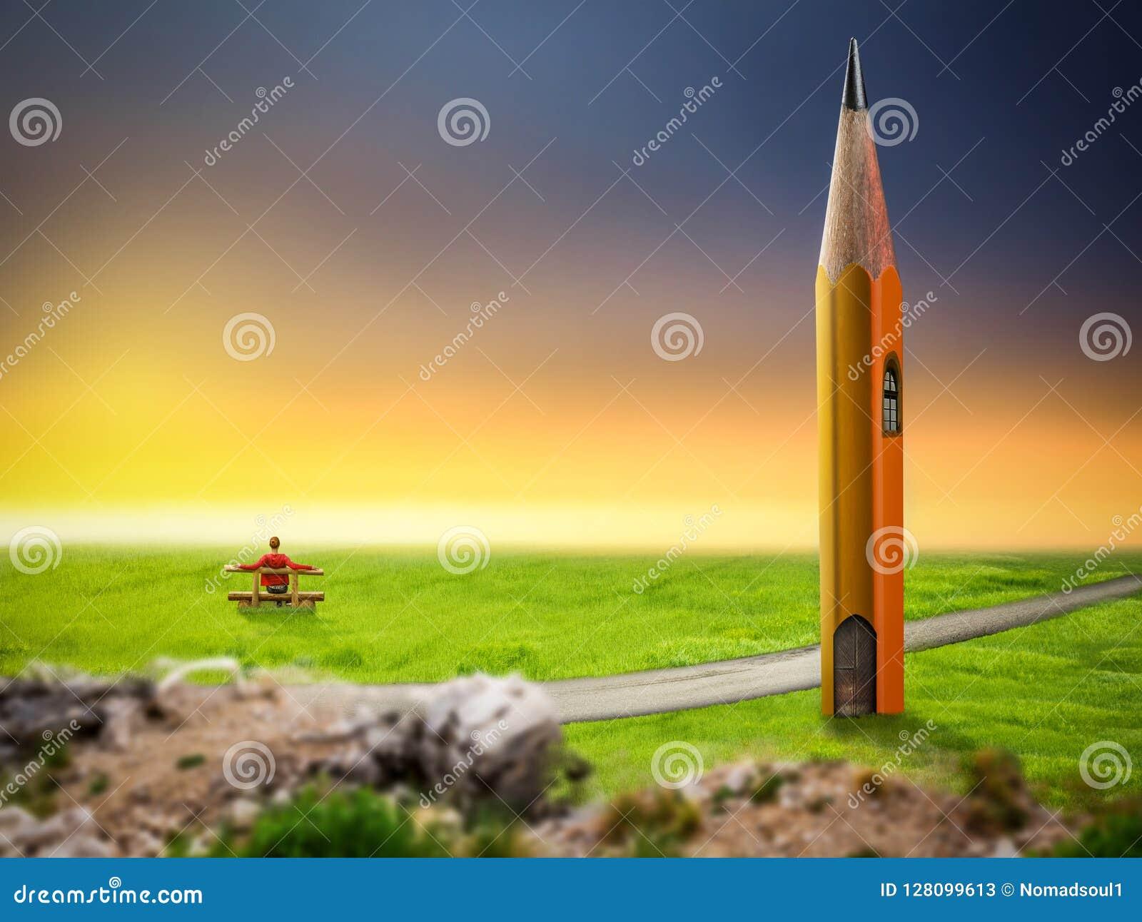 Męskiej osoby obsiadanie na ławce przeciw dużemu ołówkowi