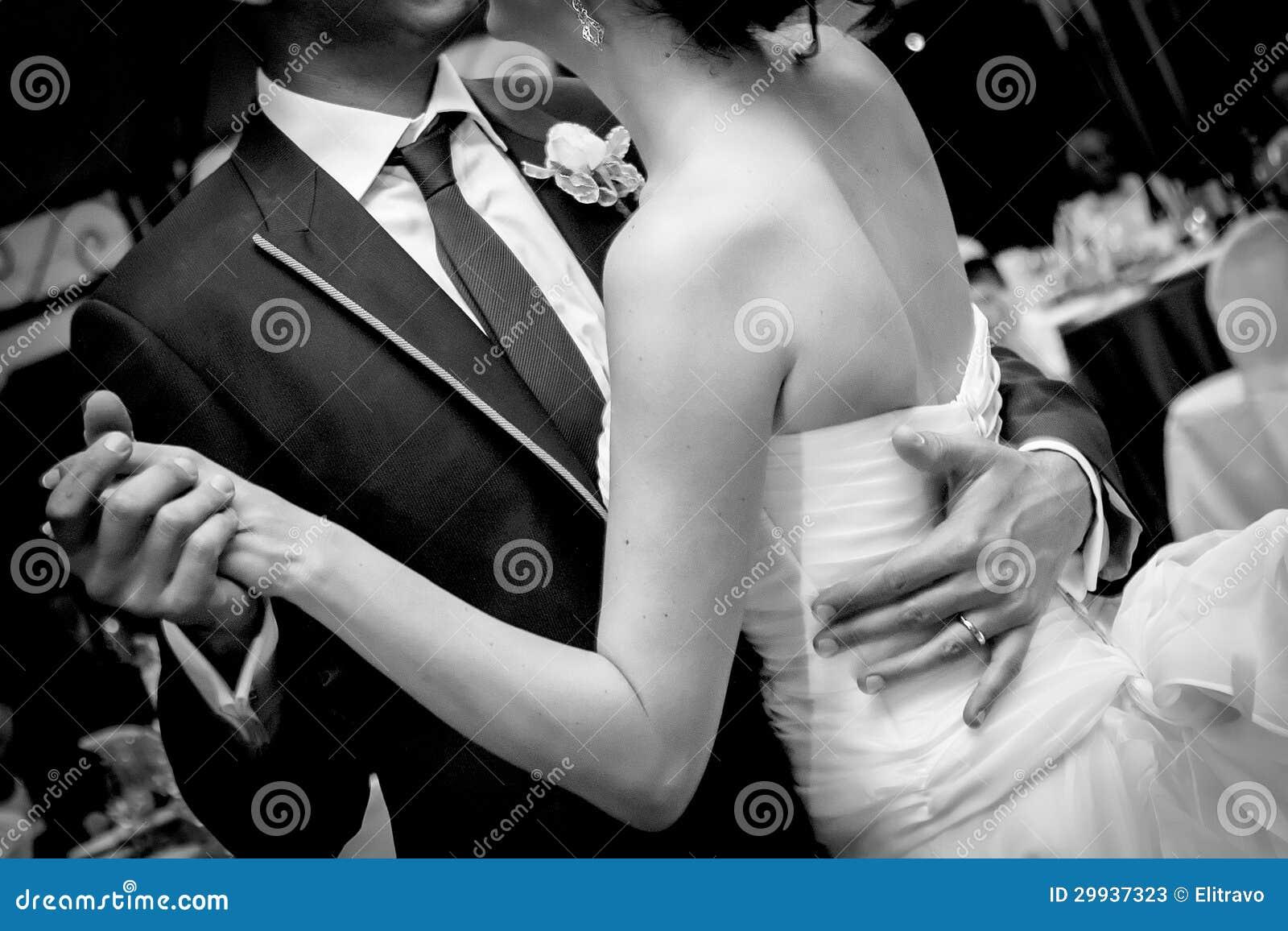 Poślubiać