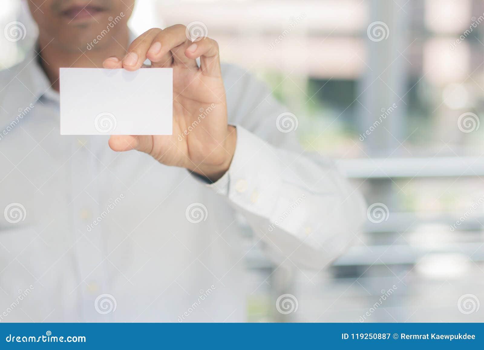 Młodych człowieków przedstawień karta