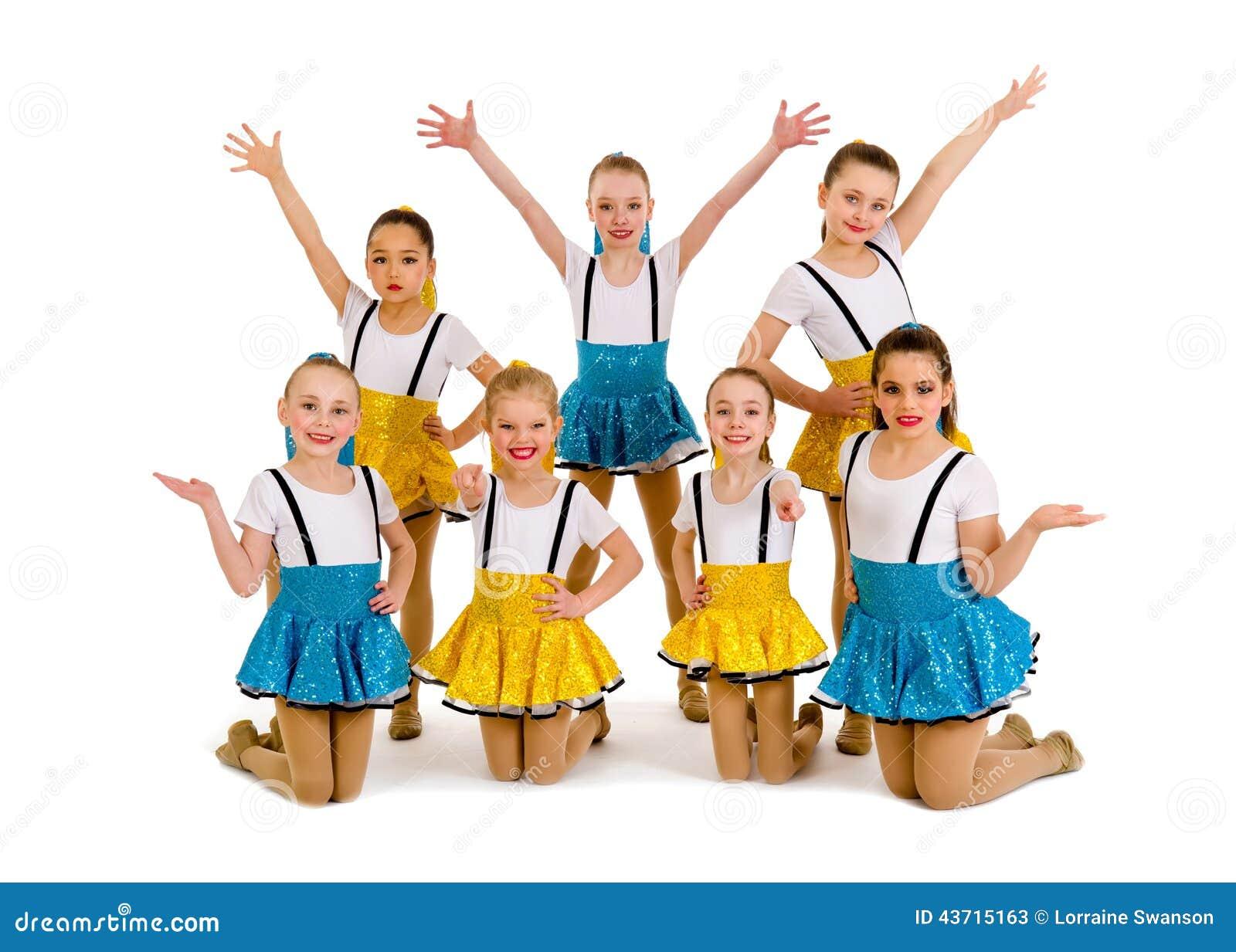 Młodzieżowych dziewczyn tana Jazzowa grupa