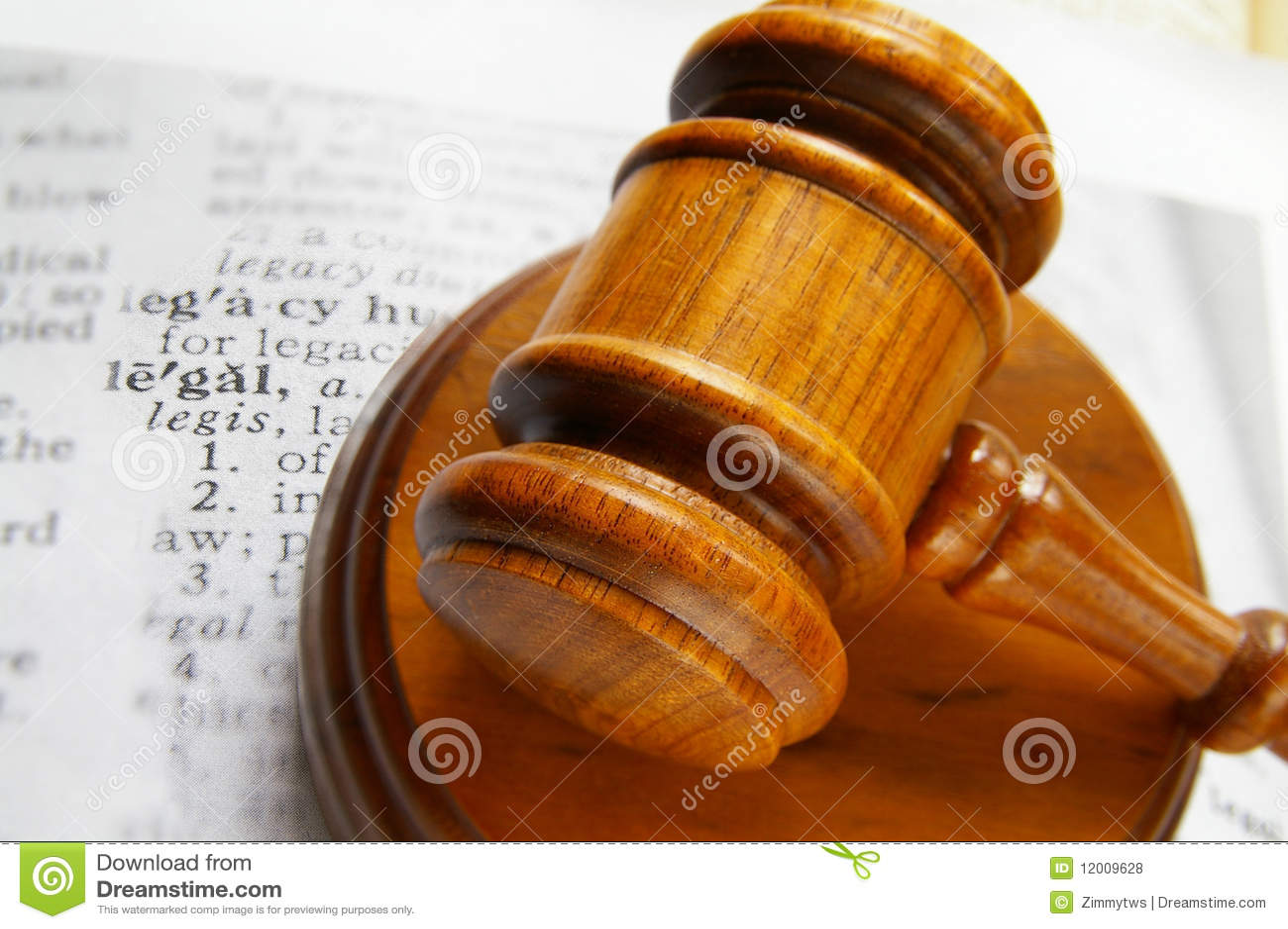 Młoteczka prawa legalna praca