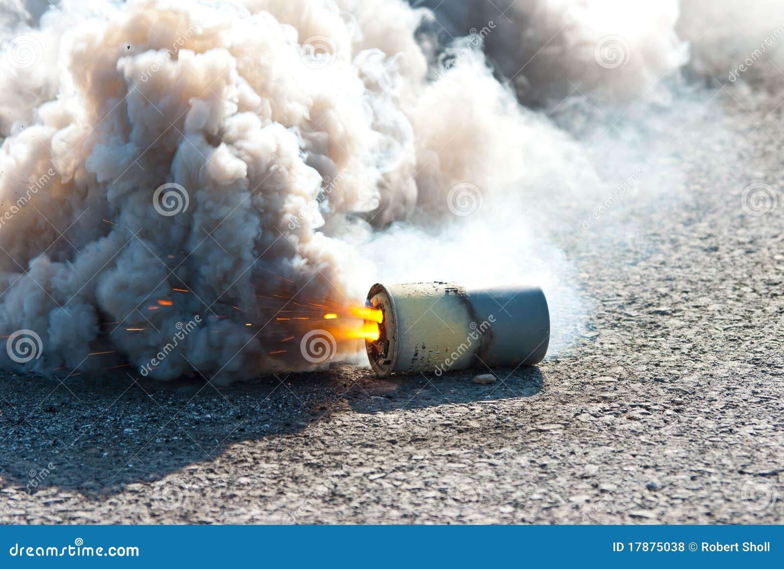 M8 Hc Smoke Grenade Royalty Free Stock Photos Image