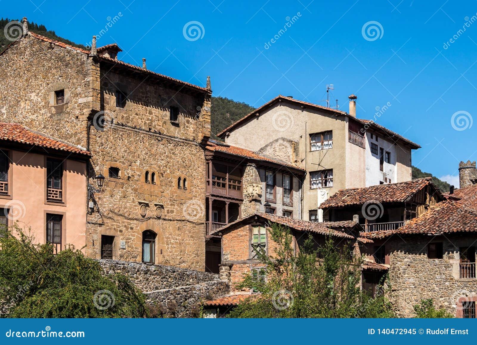Mały miasteczko Potes w Cantabria, Hiszpania