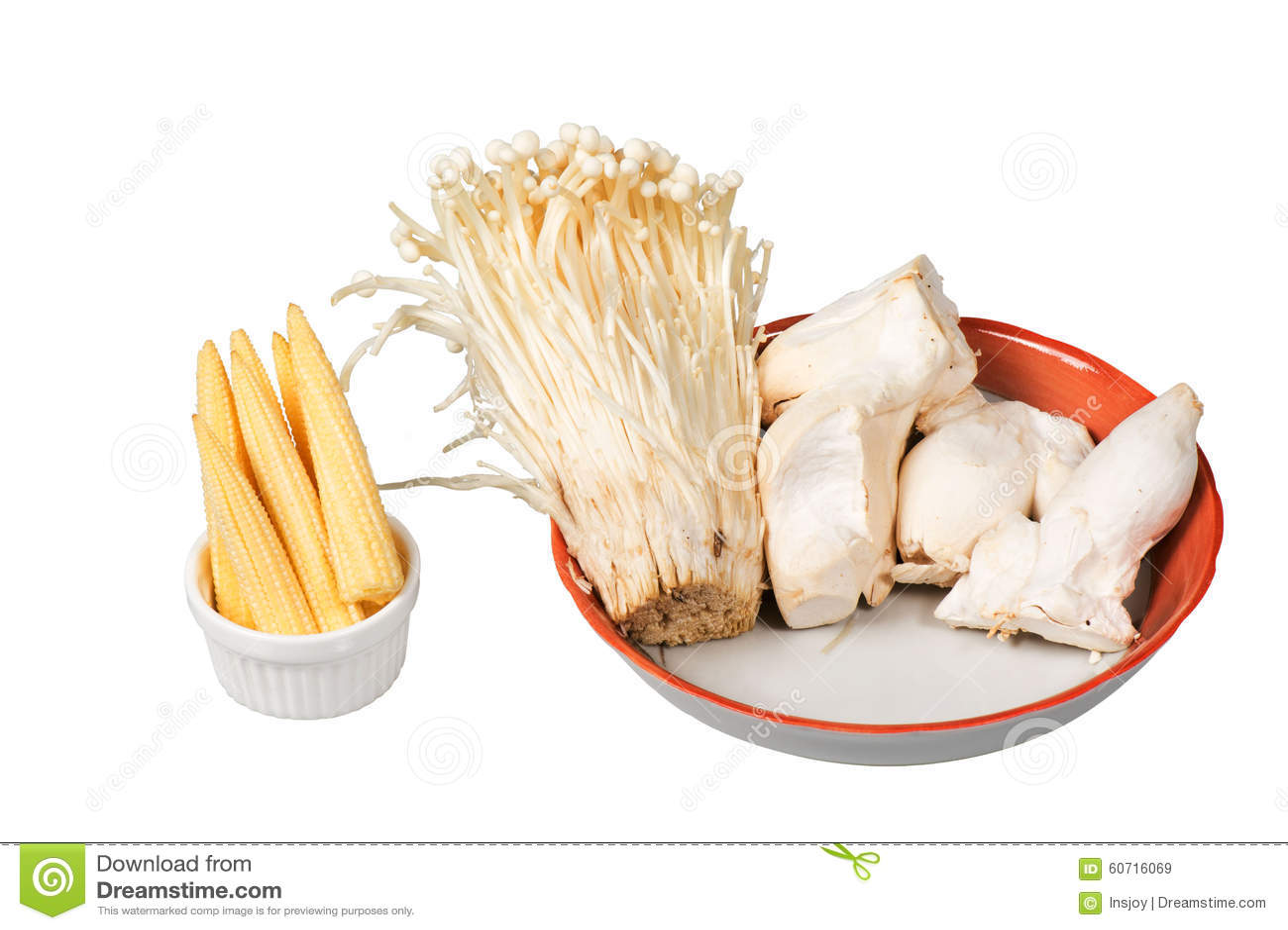 Maïs de bébé, champignon de trompette de roi, champignon d aiguille