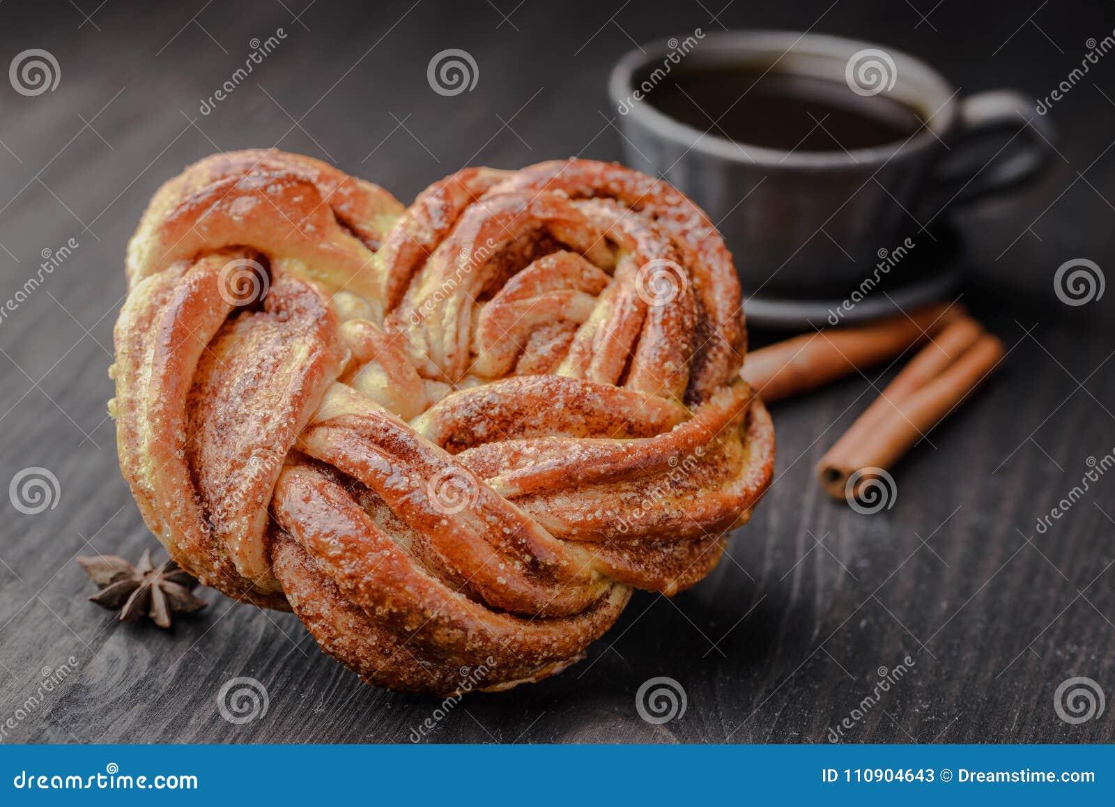 Mañana, el negro, café, viejo, receta, apetitosa, vainilla, canela, bollo de leche, estonio, azúcar, guirnalda, torta, pan, delic