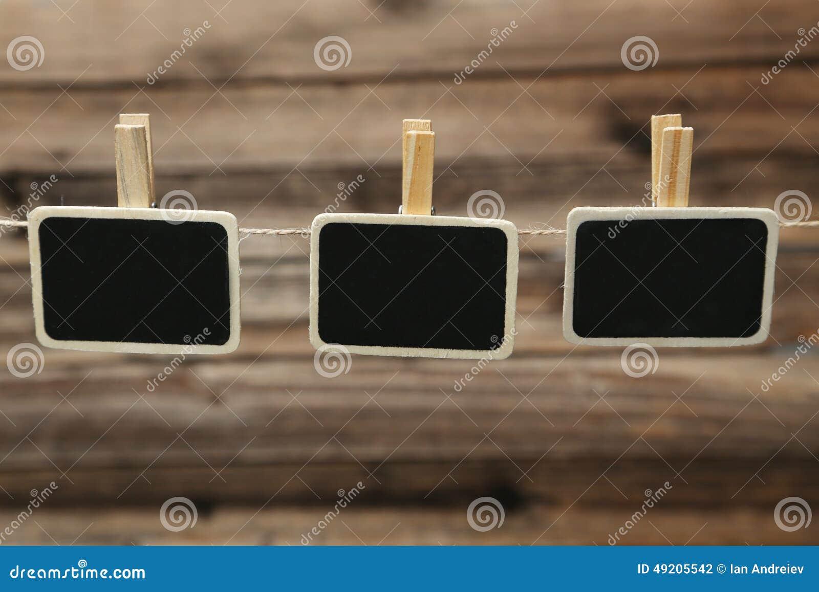 Mała blackboard łupku kredowej deski klamerka z przestrzenią dla teksta