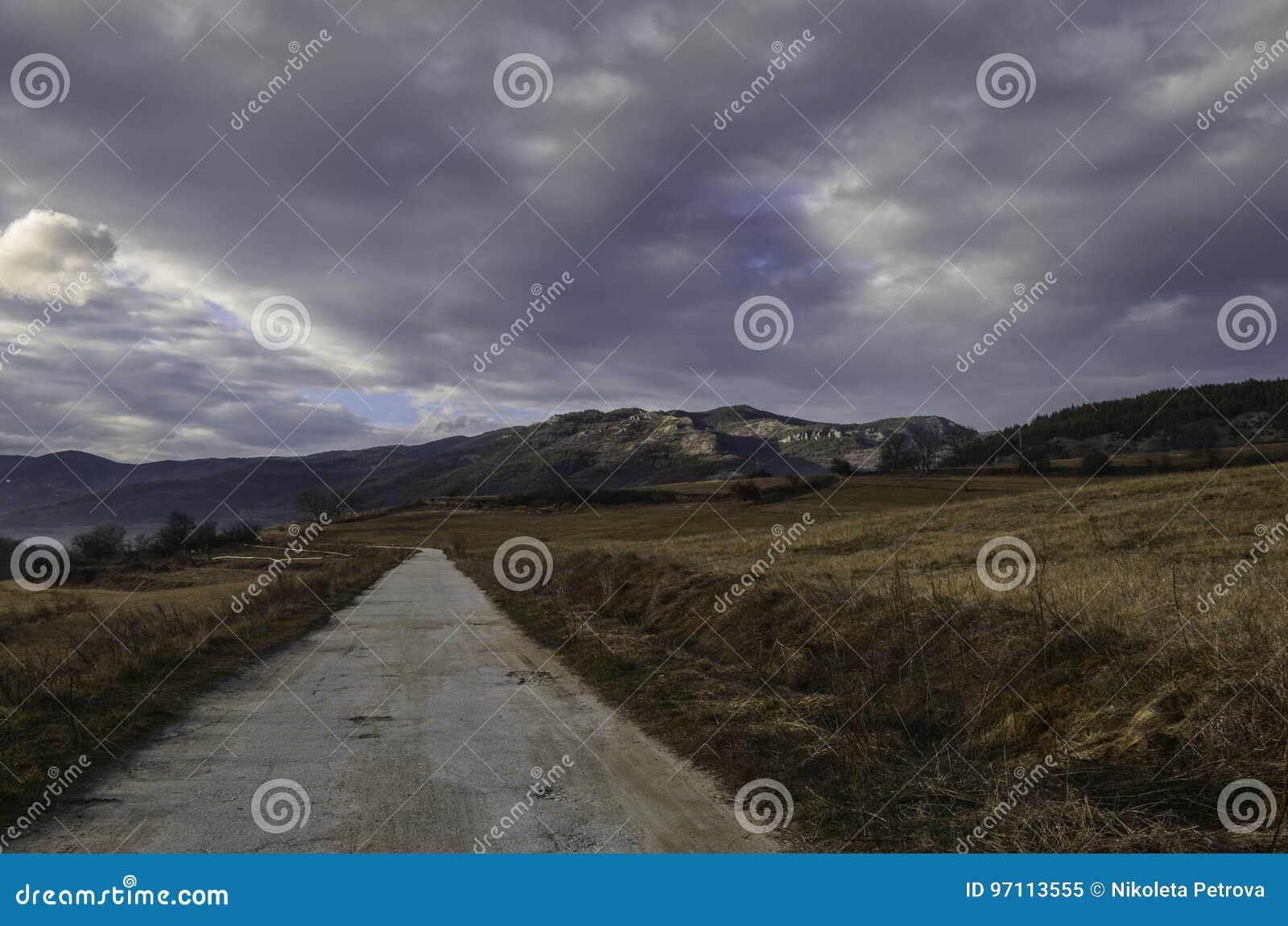 Mała droga w górach