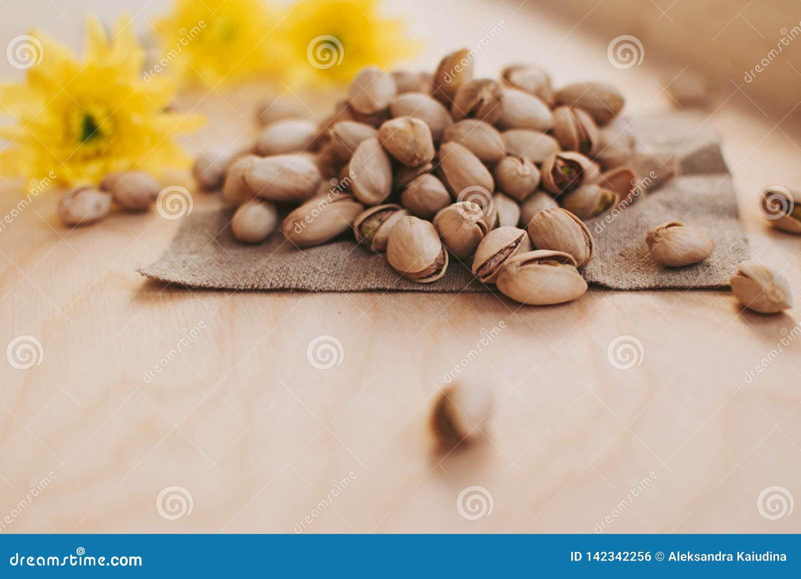 Mała garść pistacje