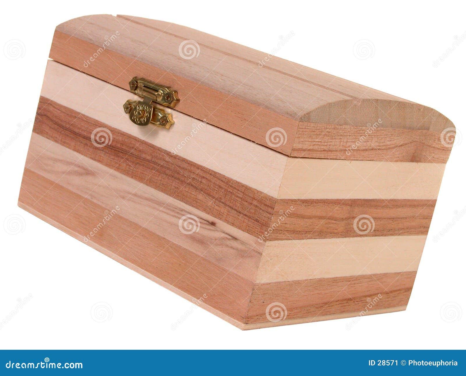 Małe drewniane pudełko