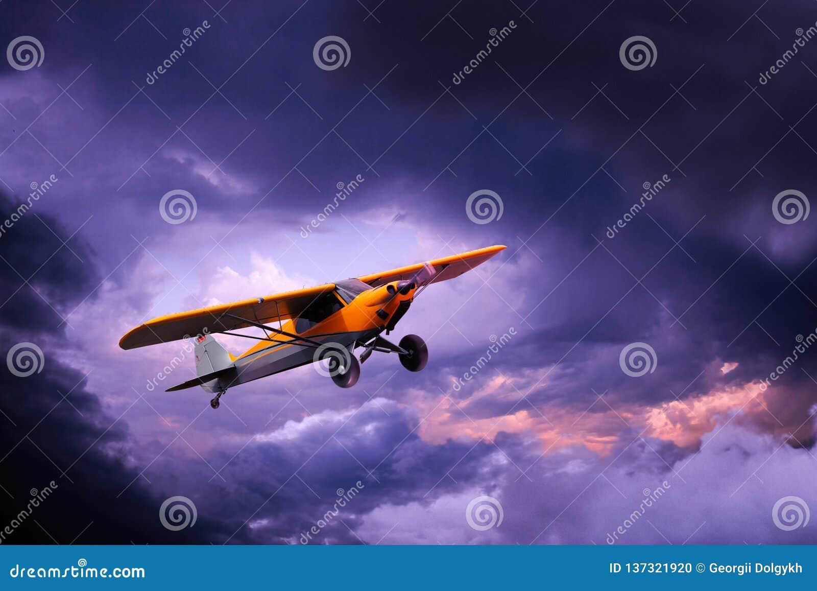 Mały prywatny samolot