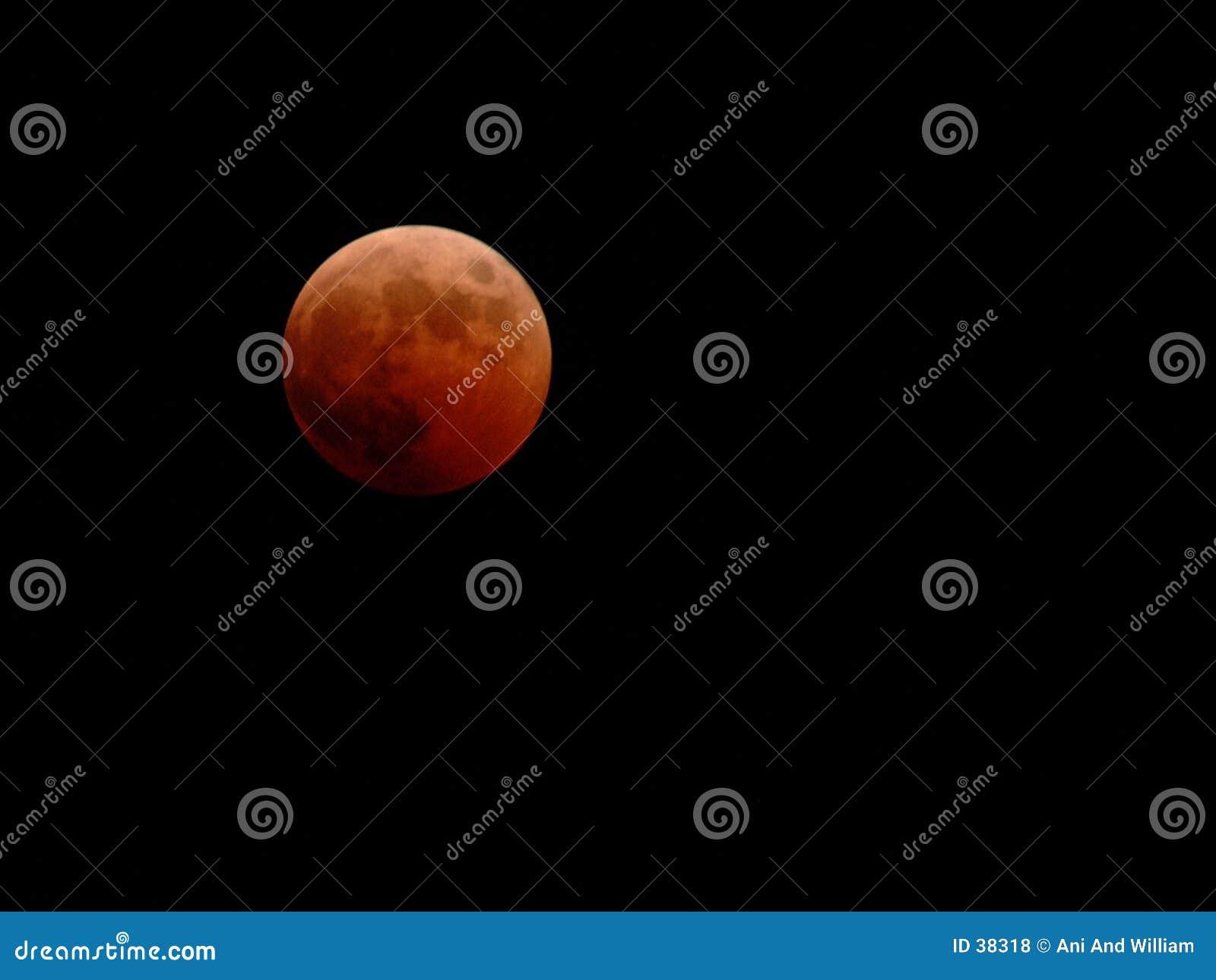 Download Maan Verduistering Van 10-27-04 Stock Foto - Afbeelding bestaande uit ruimte, maan: 38318