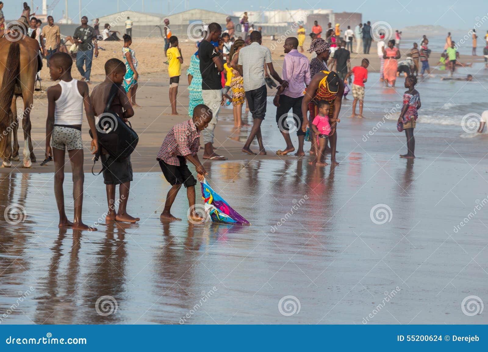 Maandag middag bij Obama-Strand, Cotonou