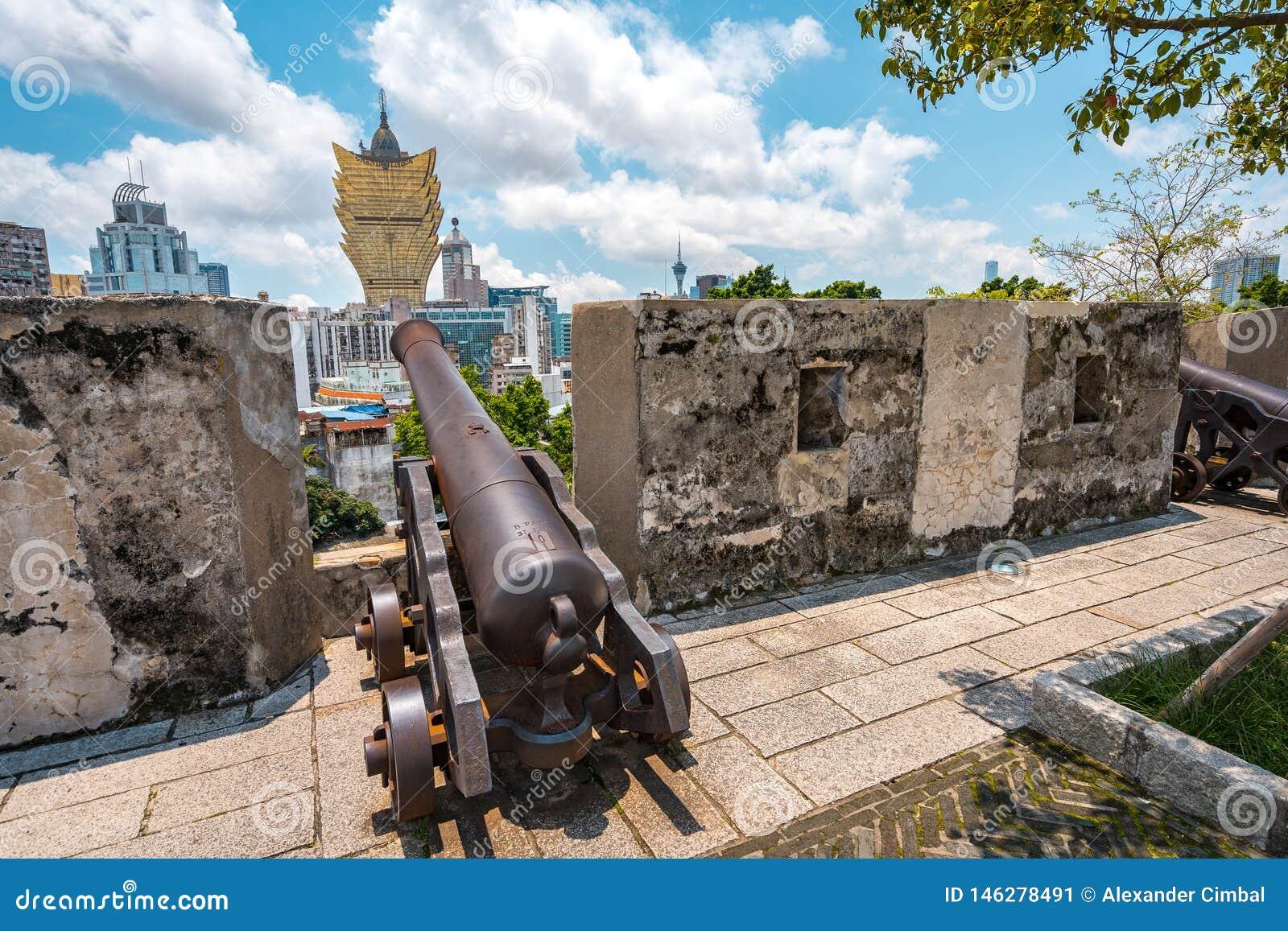 Macao, Chine - vue de ville de site historique de Monte de Forte