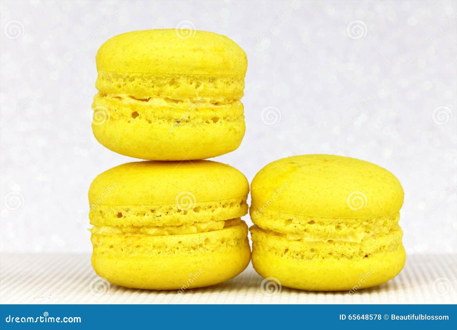 Macaron coloré savoureux