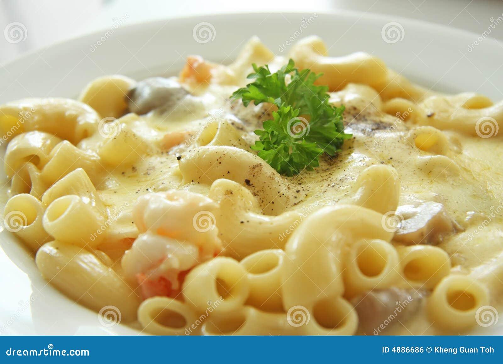 and cheese carbonara macaroni and cheese alla mac and cheese carbonara ...