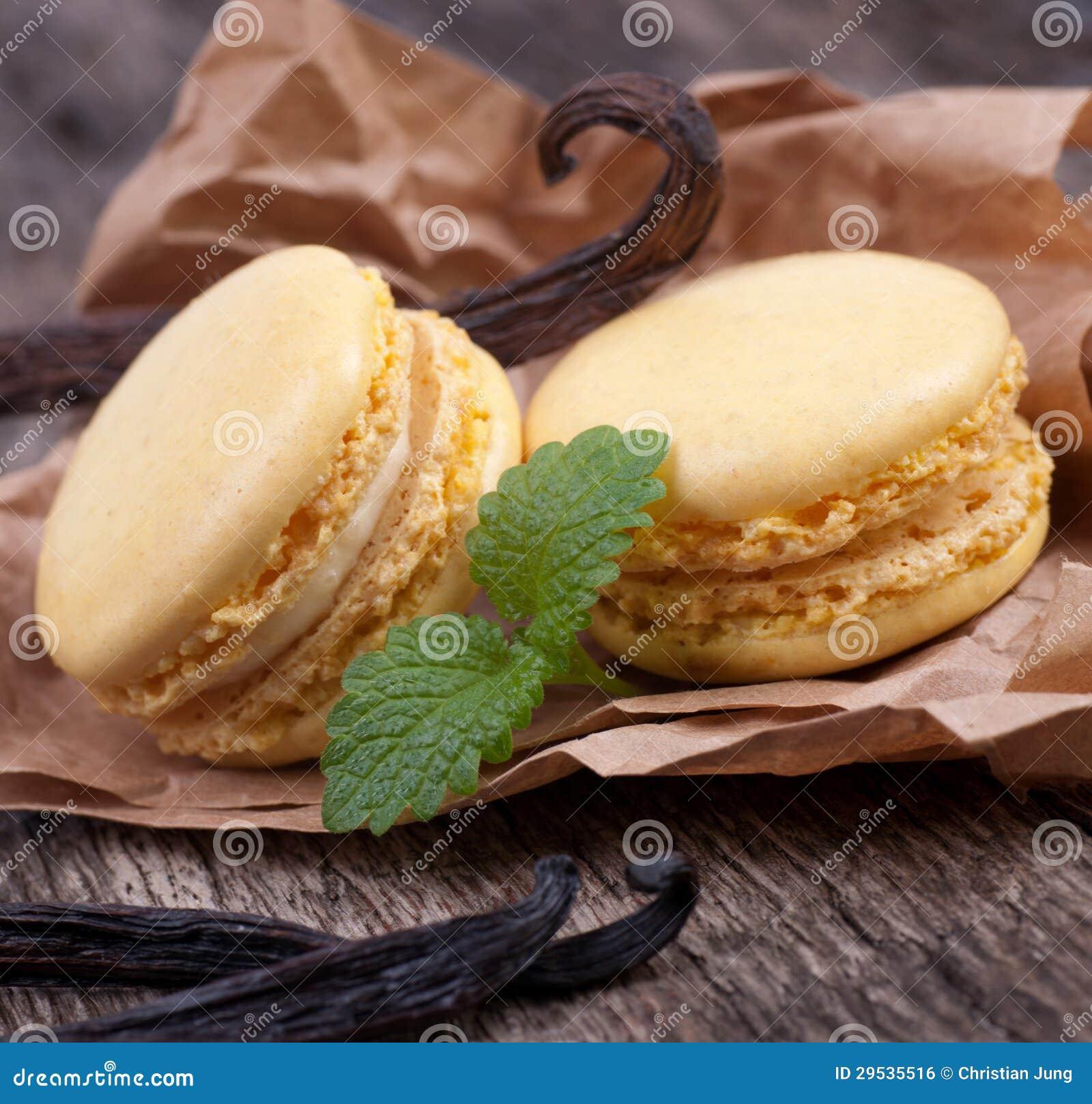 Macaroons com feijões de baunilha