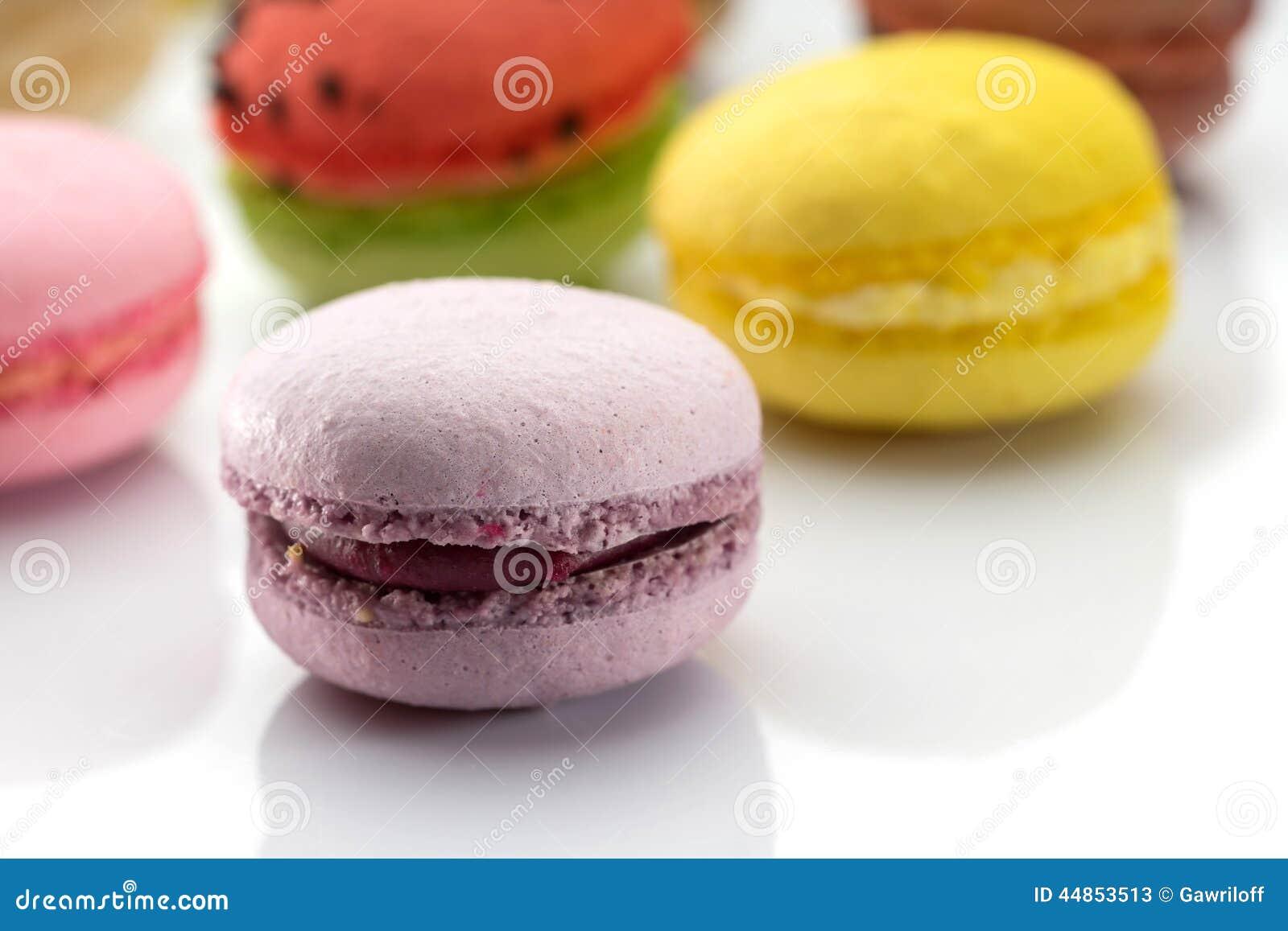 Macarrones coloridos