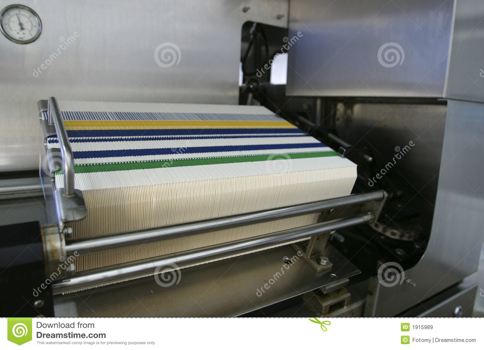 Machine à emballer dans la chaîne de production de l usine
