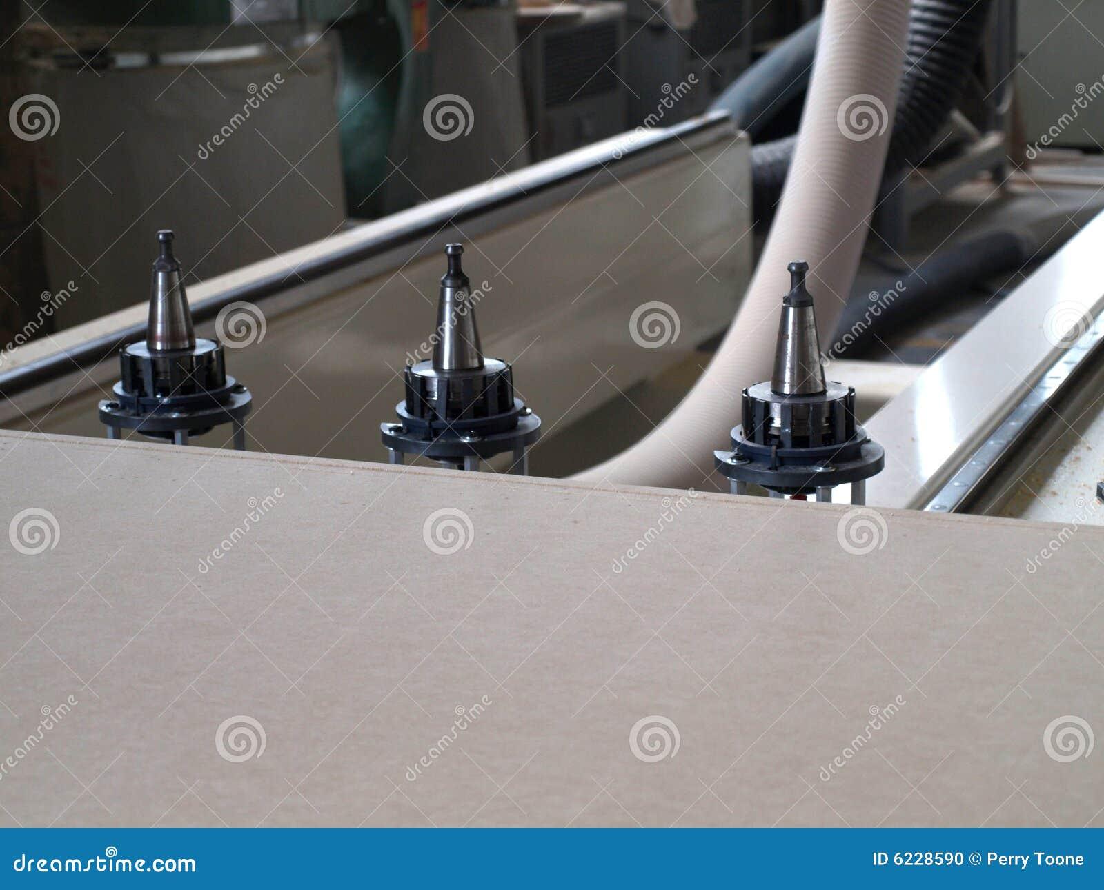 Machine de fabrication